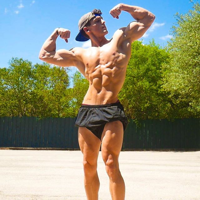 ☀️Suns out Guns out ☀️ • Endless pursuits for the Greek statuesque look. Don't always take life too seriously. Enjoy the ments'; find what fulfills you & gives you happiness - Go master your passions! • Have a good weekend 💪 stay hungry 😤💯 • #fitness #gym #motivation #workout #fit #fitspo #fitfam #training #healthy #lifestyle #fitnessmodel #health #fitnessaddict #diet #strong #eatclean #muscle #cardio #instagood #getfit #exercise #train #determination #photooftheday #gymlife #cleaneating #abs #shredded #instahealth #active