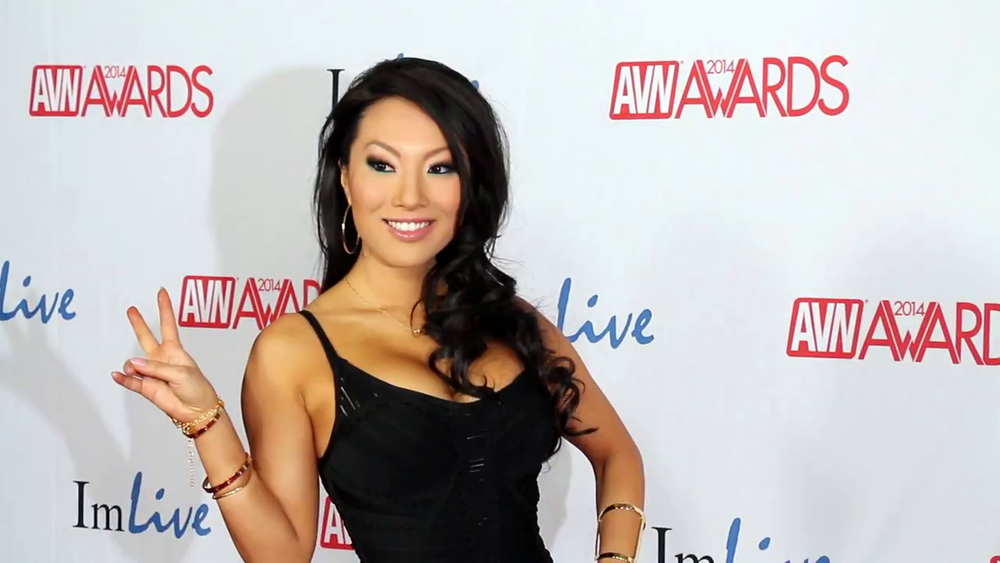 A  SA AKIRA   A New York native, Asa Akira is an adult film star, director, and brand ambassador for PornHub. She has authored two books (titled  Insatiable  and  Dirty   Thirty ,) and has been featured in a variety of publications including  Men's Health  and  Barstool Sports . You can follow her on  Twitter  and  Instagram  (NSFW.)