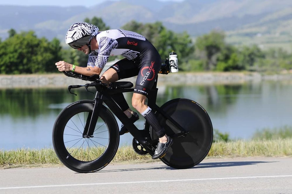Jonathan S. Pro Triathlete with a care free bike.