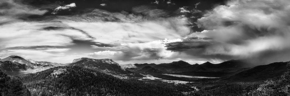 Rocky Mtn Storm-Pano.jpg