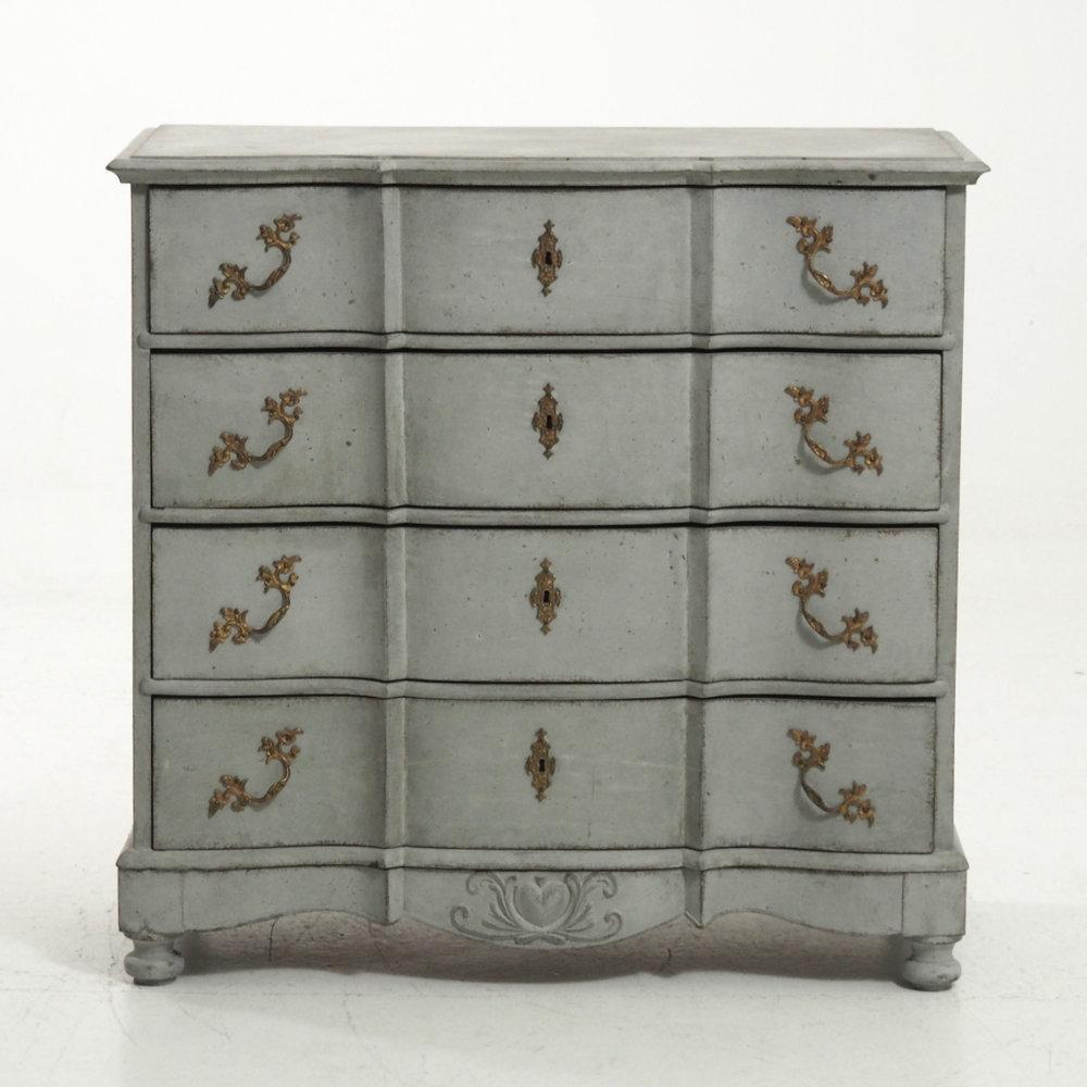 Scandinvian chest, 19th C. - € 1.600
