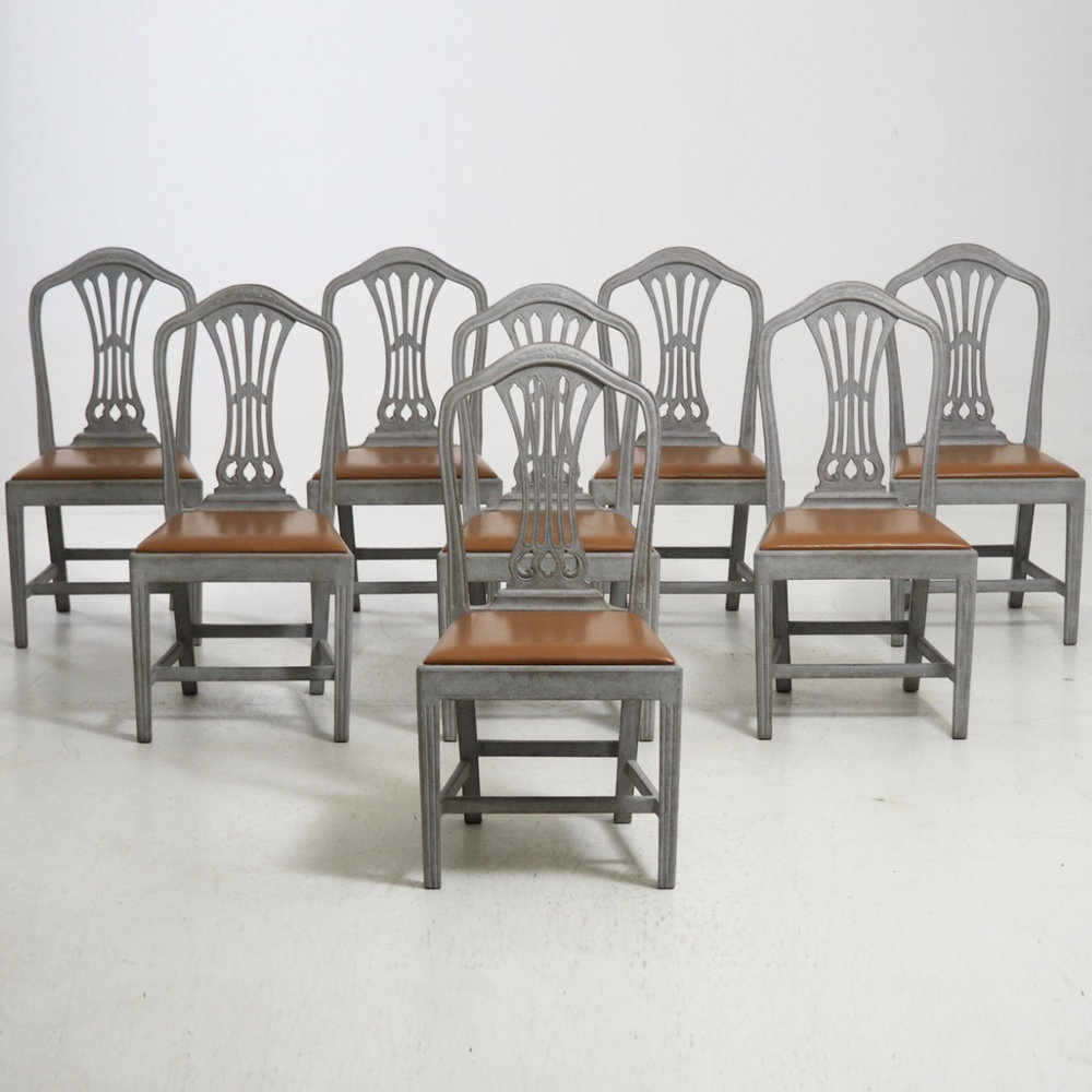 Eight Gustavian style chairs, 19th C. - € 3.300