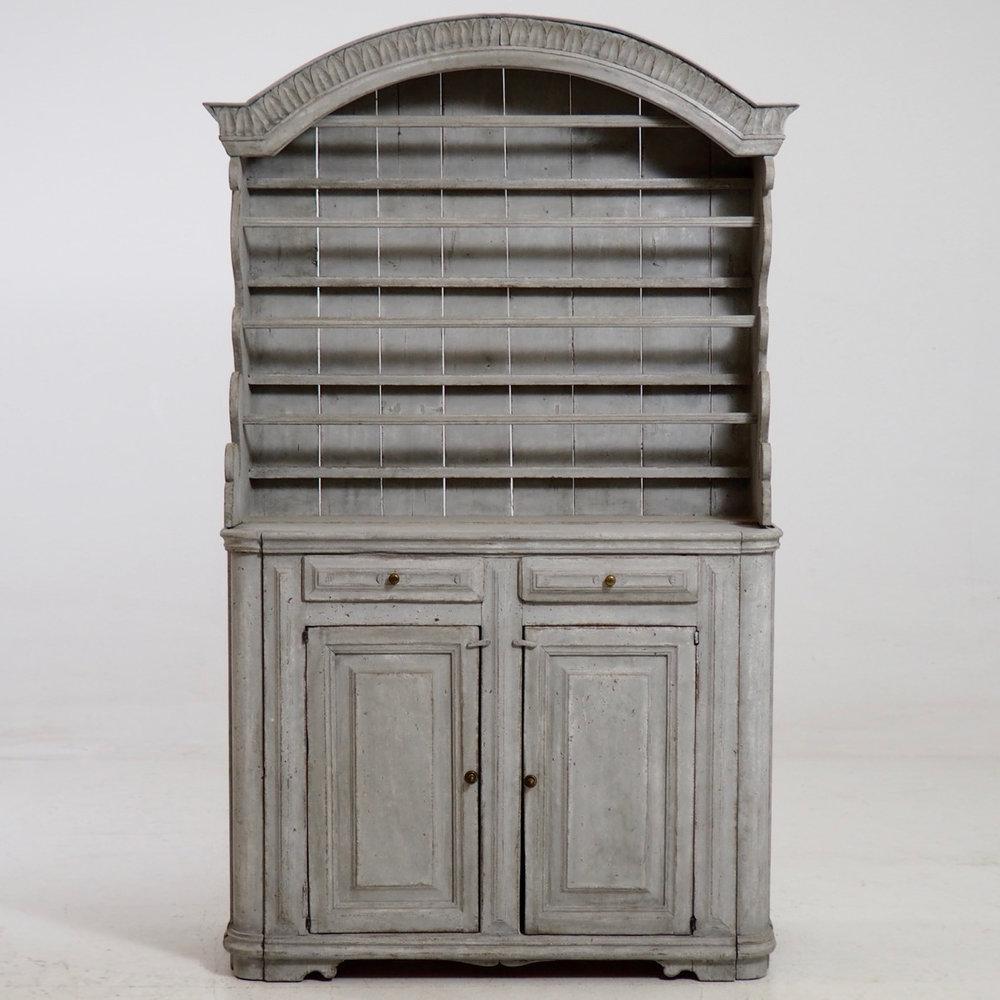 Swedish two-part dresser, 1770. - € 3.300