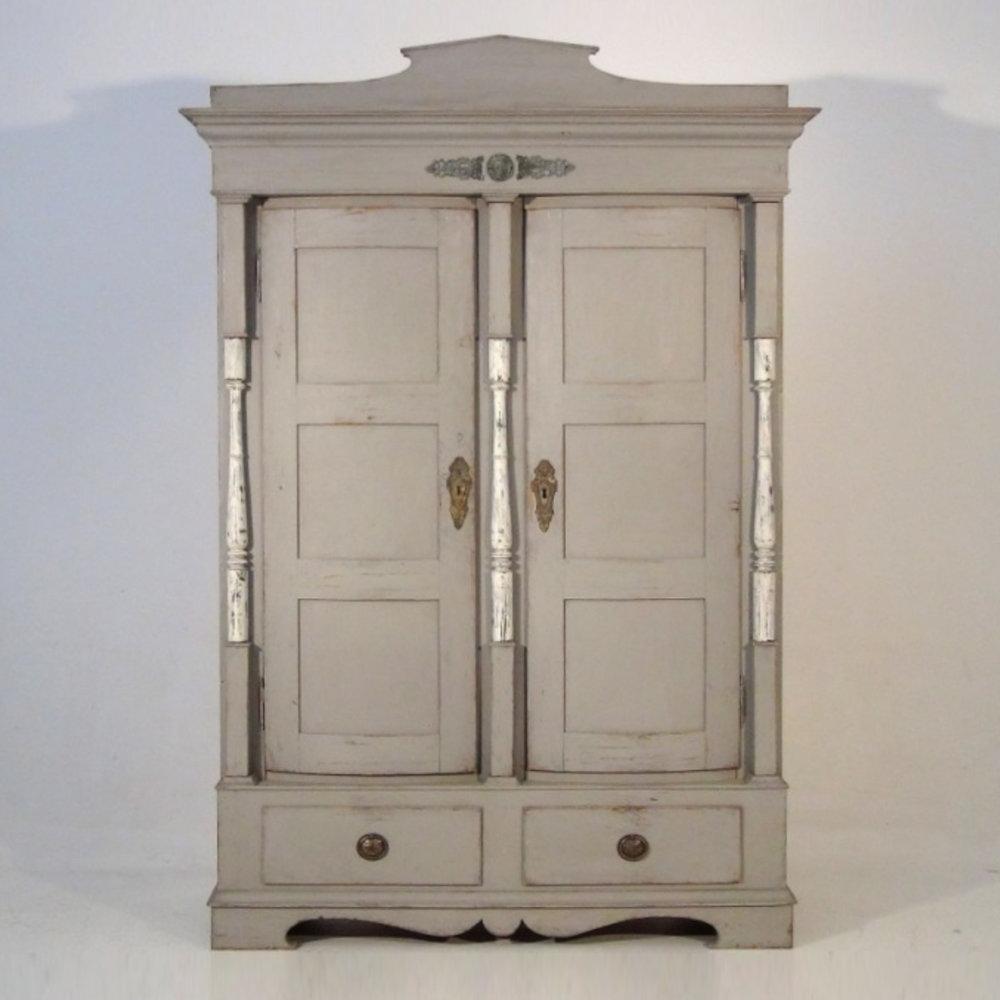Scandinavian cabinet, circa 1830. - € 1.800