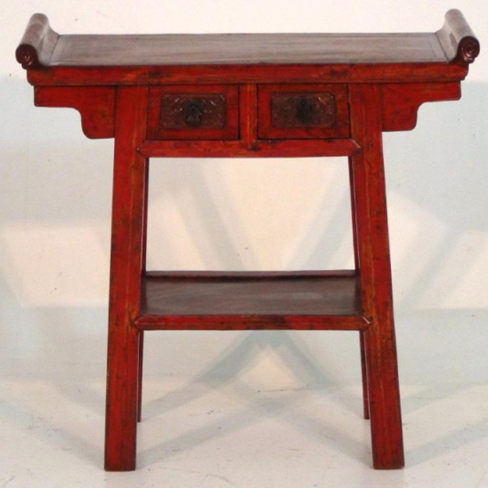 Chinese console in original lacqure, 19th C. - € 800