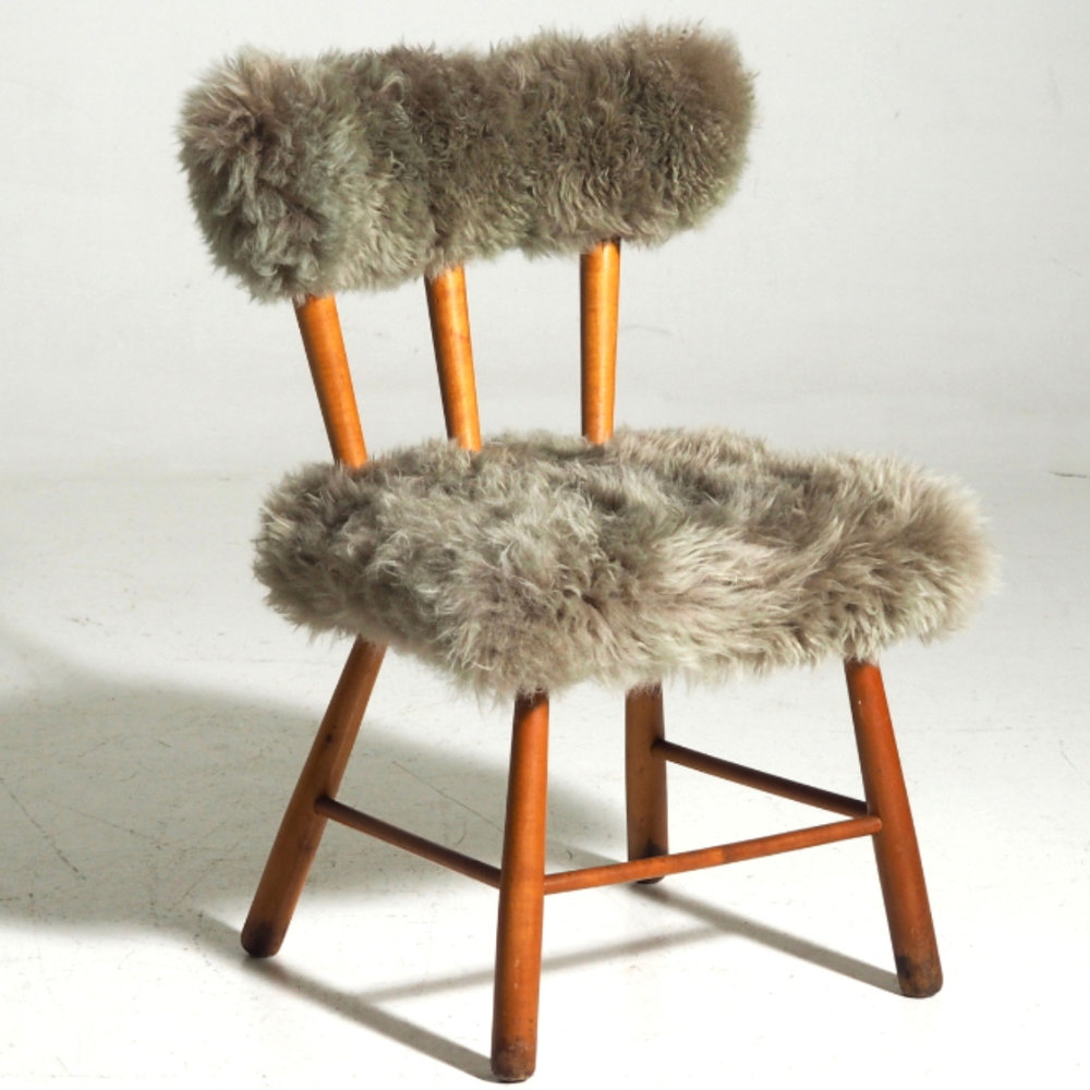 Chair with lamb wool, circa 1960. - € 1.100