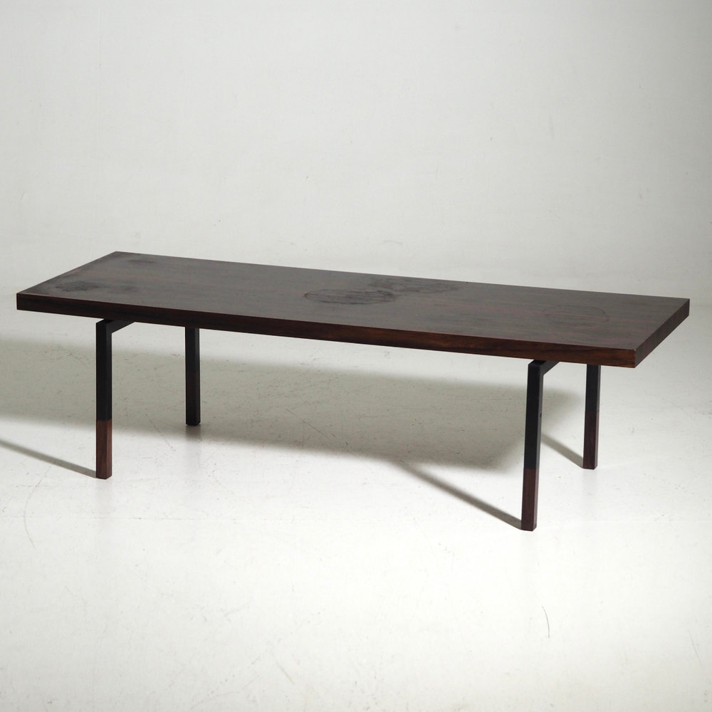 Rare coffee table, circa 1960. - € 1.100