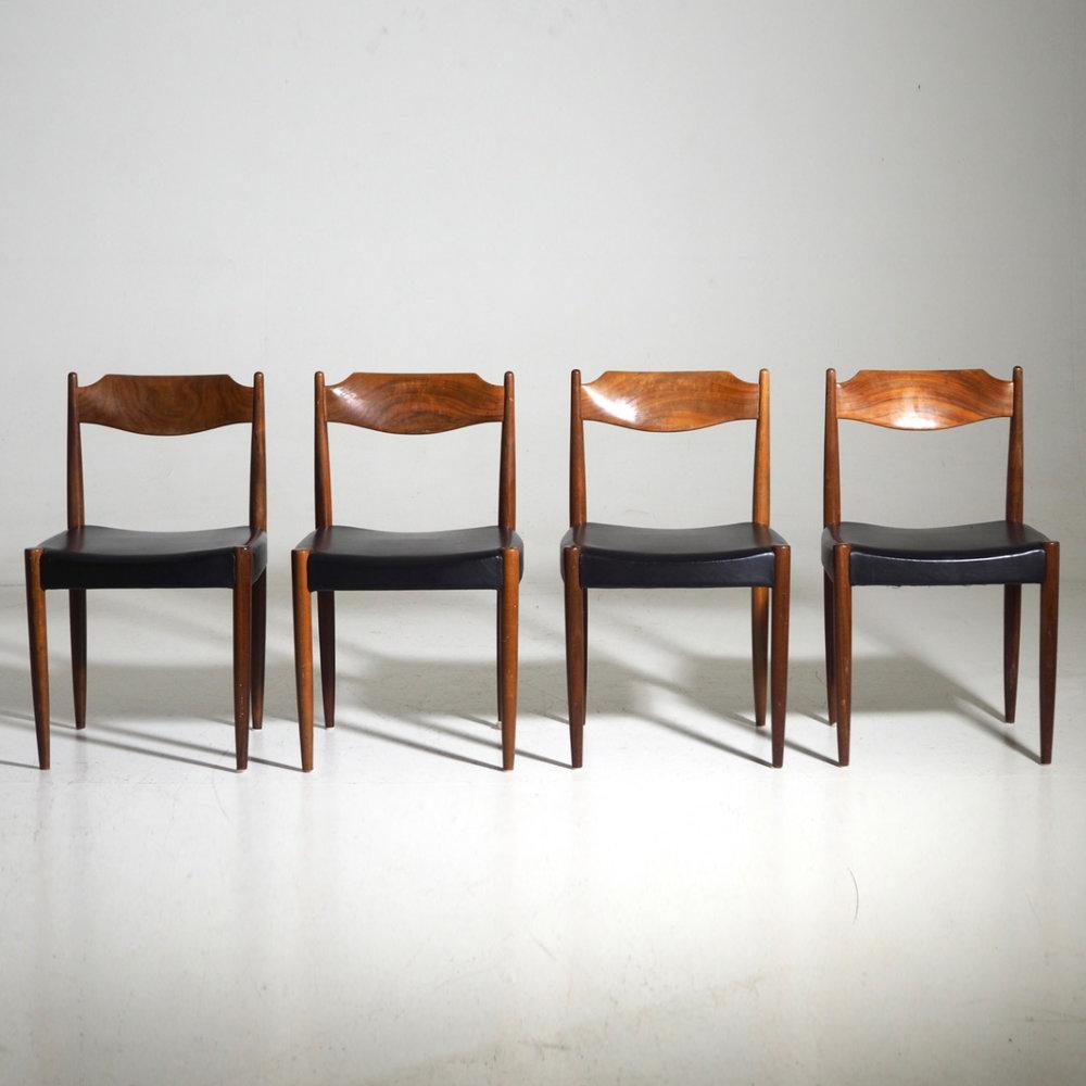 Four chairs in teak, Danish architect, 60's. - € 600