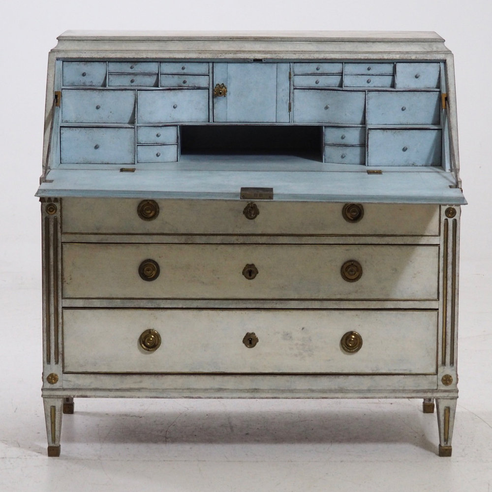 Very important Gustavian Bureau, 1790. - € 3.000
