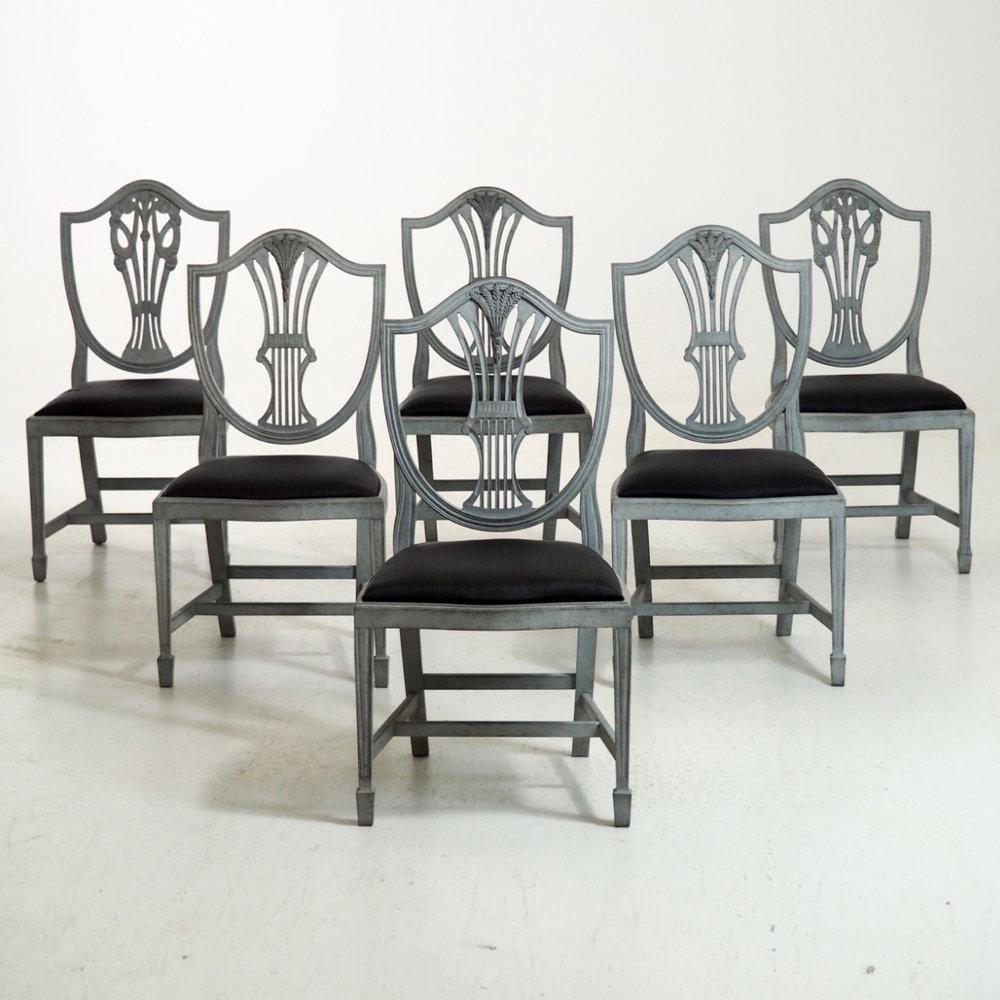 Six chairs, 19th C - € 2.000