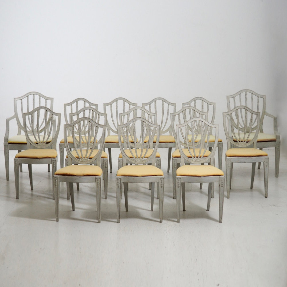Gustavian style chairs. - € 4.000