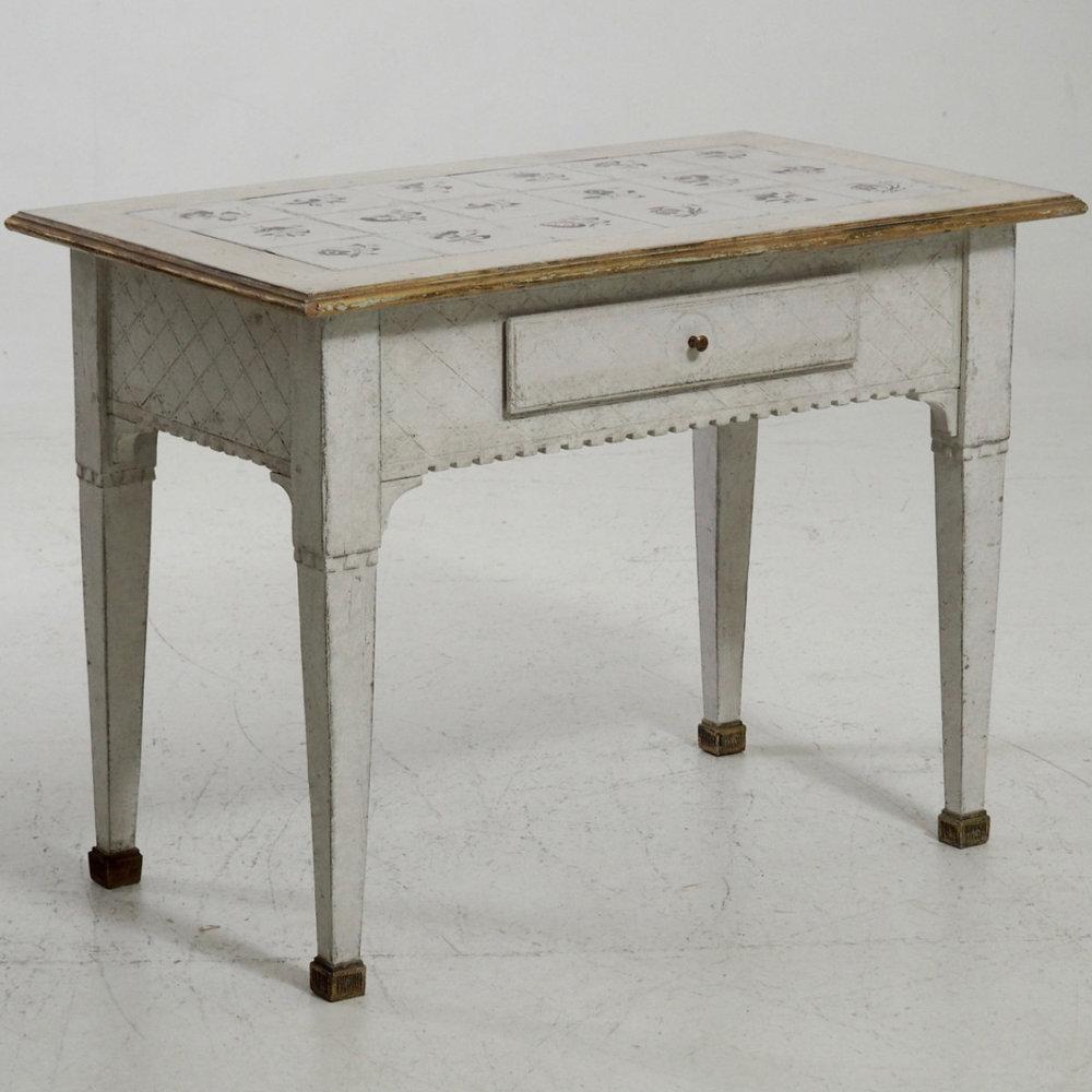 Scandinavian tile-top table, 1790. - € 1.600