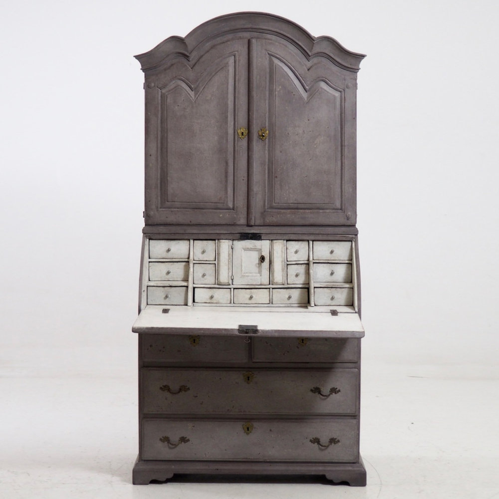 Charming Swedish bureau, circa 1810. - € 3.300
