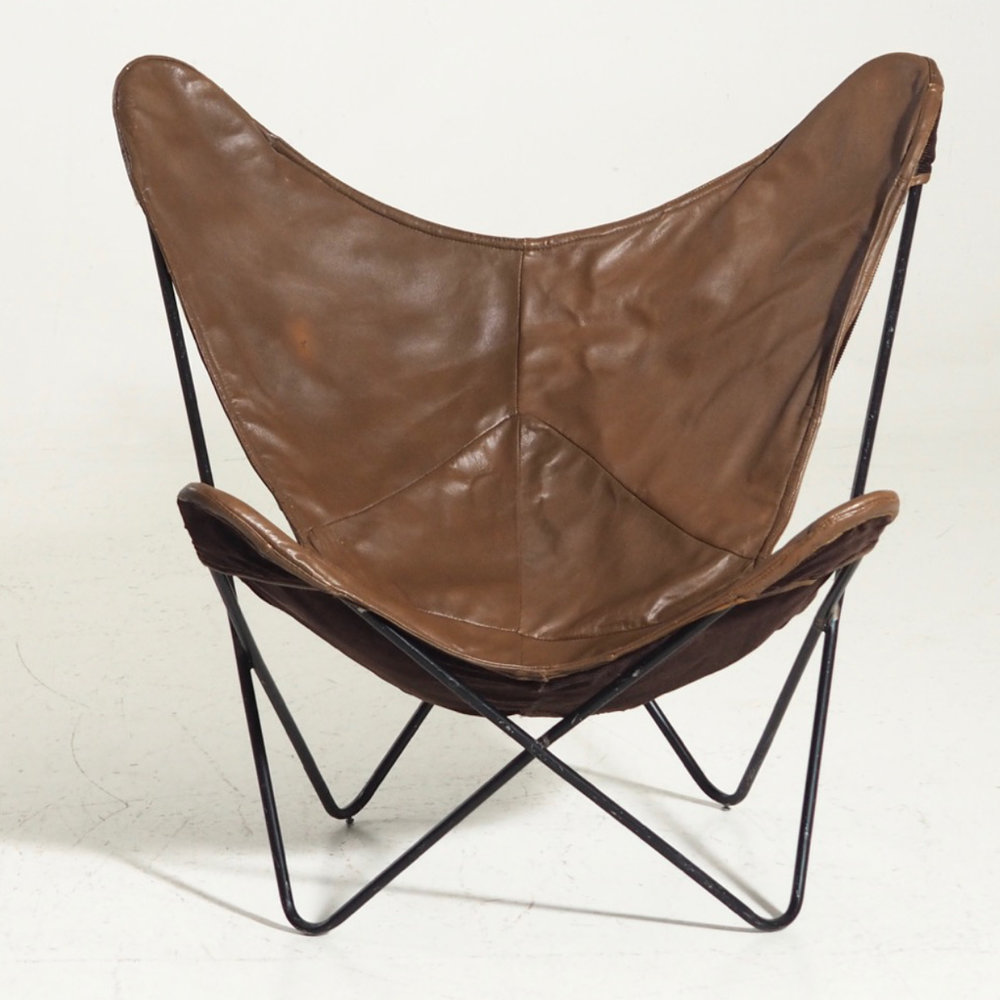 13077 4A Original Butterfly / Bat Chair Produced By Knoll From 1947 1973  And Designed By Jorge Ferrari Hardoy. The Chair Is In Brown Leather And  Black Steel ...