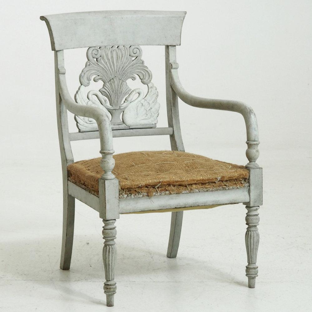 Rare Scandinavian armchair, circa 1830. - € 1.100