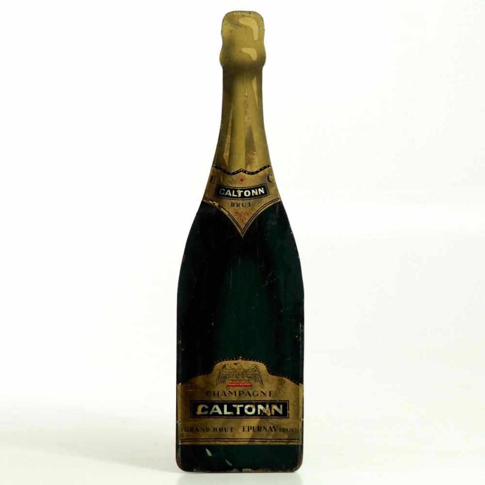 Champagne bottle in wood, - € 500