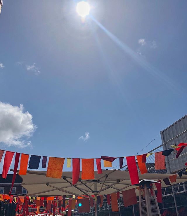 We're still madly in love with our upcycled birthday bunting from the lovely ladies of @helstonstreet 🎂😍 Another mega day of live music down, with the final instalment of our mini festival in aid of @candlelightersyorkshire coming tomorrow - join us, won't you? Top eats & drinks, independent retailers, live music and chilled vibes for all the family⚡️#bankholidayweekend