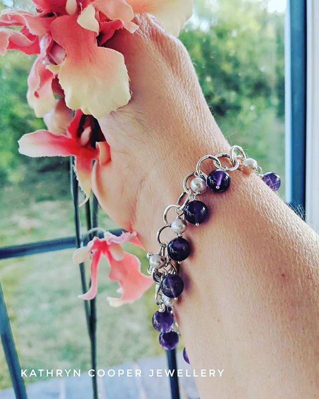 Happy customer! This was the first make on the new jewellery work bench -  natural amethyst and freshwater pearl sterling silver bracelet,  thank you for your photo @lisa.bluebanana Day 3 of  @jewellersacademy  #30daysofjewellery challenge. 💜💜💜💜 . . . . . . #pearls #bespokejewellery #silverpearls #jewelleryshopping #pearljewellery #jewelleryaddict #hmuk #amethysts #amethystjewellery  #madeinbritain #birthstone #ukblogger #kathryncooperjewellery #blogger  #weddingjewellery #myjewelleryfamily  #outfitinspiration  #jewelleryinfluencer #whattowear #wswib #hlhjune #giftsforher #birthdaygift  #jewellerylover #beadedjewelryofinstagram #beadedjewelryinfluencer #junebirthstone