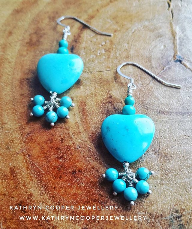 Valentine's Day is creeping up, it'll be here before you know it. Don't leave gift buying till the last minute, there's still time for you to buy your gift online via the website (link in bio). ❤❤❤❤❤❤❤❤❤ .  Gorgeous #turquoise heart sterling silver earrings. Perfect Valentine's day gift! 💎💎💙💚💎 . #valentinesday  #bespokejewellery  #heartjewellery  #silverjewellery  #jewelleryshopping #valentinesdayjewellery  #jewelleryaddict  #madeinbritain  #ukblogger  #birthdaygifts #kathryncooperjewellery #blogger  #bohoinspiration #myjewelleryfamily  #wintervibes  #love #outfitinspiration  #jewellerystyle #whattowear  #jewellerylover  #stylist  #giftsforher #beadedjewelryofinstagram #beadedjewelryinfluencer