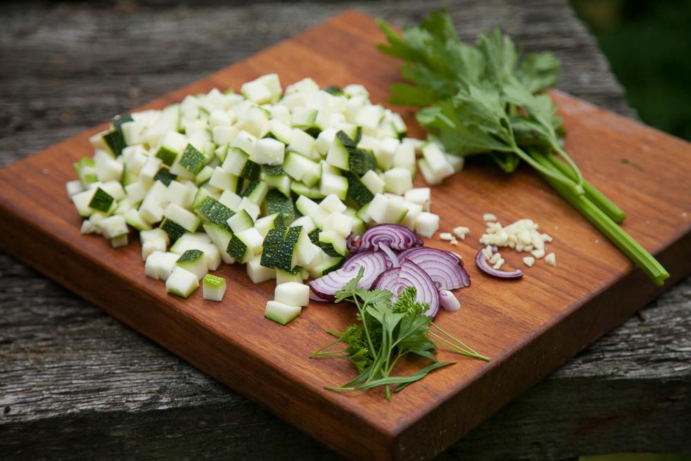 kesäkurpitsakeitto ruokablogi