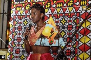 Inês Melina África Costumo te Ouvir3.jpeg
