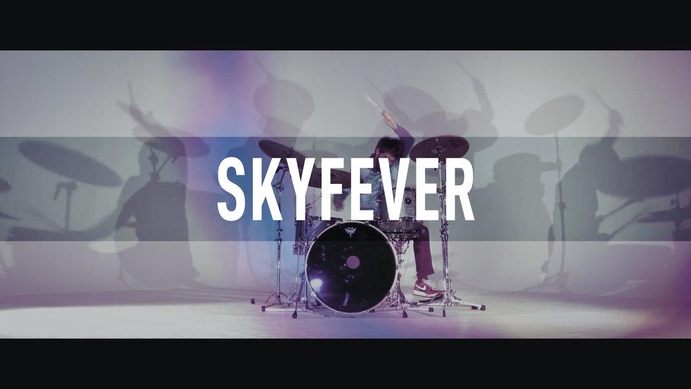 Skyfever // Signs