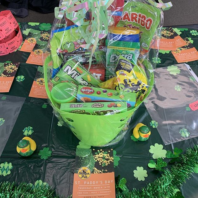St Paddy's Party on Thursday @8pm ☘️☘️☘️☘️ Raffle prizes to be won! ☘️☘️☘️