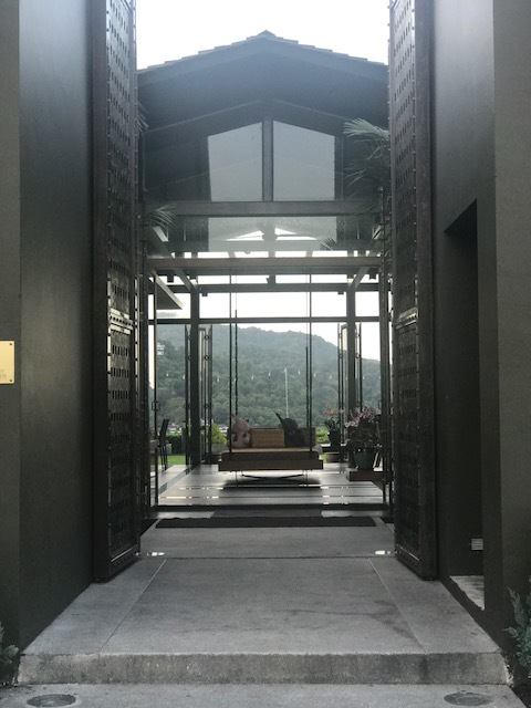 The entrance to the resort front office.