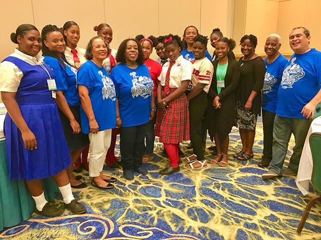 Some of the students of SeaWords Bahamas Aliv Literary Festival & Writers Conference. #seawordsbahamas #seawords #festival #conference #writer #author #bookworm #bookwormsunite