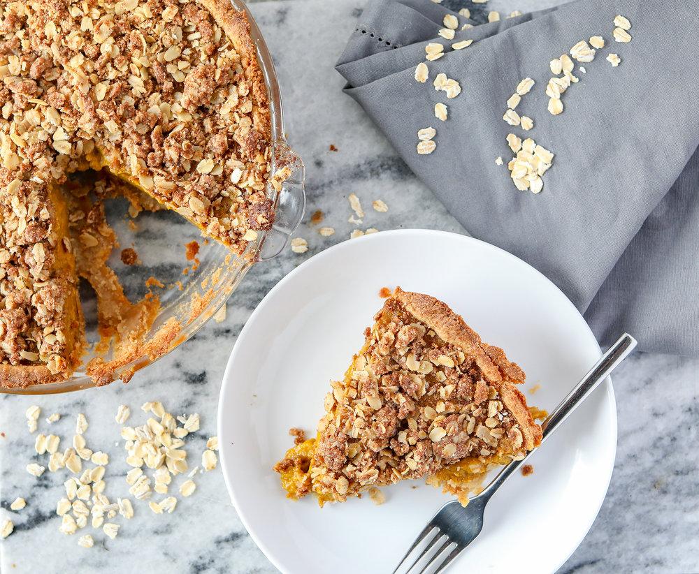 Healthy Pumpkin Banana Oat Breakfast Pie