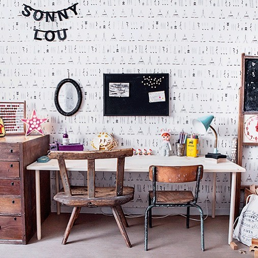 We believe that all children should have an a dedicated art space at home! Tiny corner or entire wall! Creative art activities can help children in all areas of development including physical, social, emotional and cognitive development! Loving stylist Anna Malmberg's bohemian vibe. @annamalmbergphoto