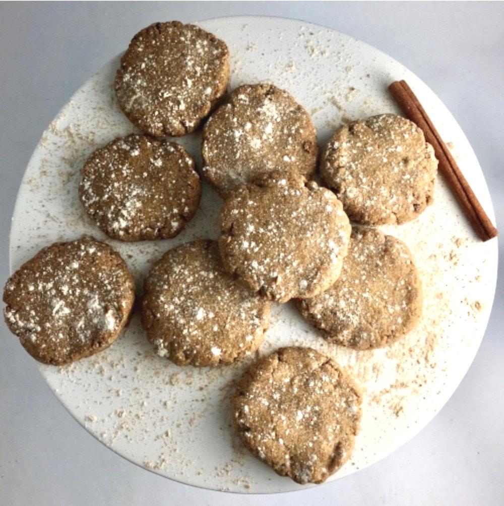 Cinamon spiced shortbread cookies.jpg