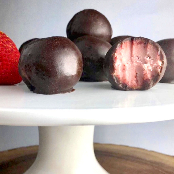 chocolate%2Bcovered%2Bstrawberry%2Bprotein%2Bballs.jpg