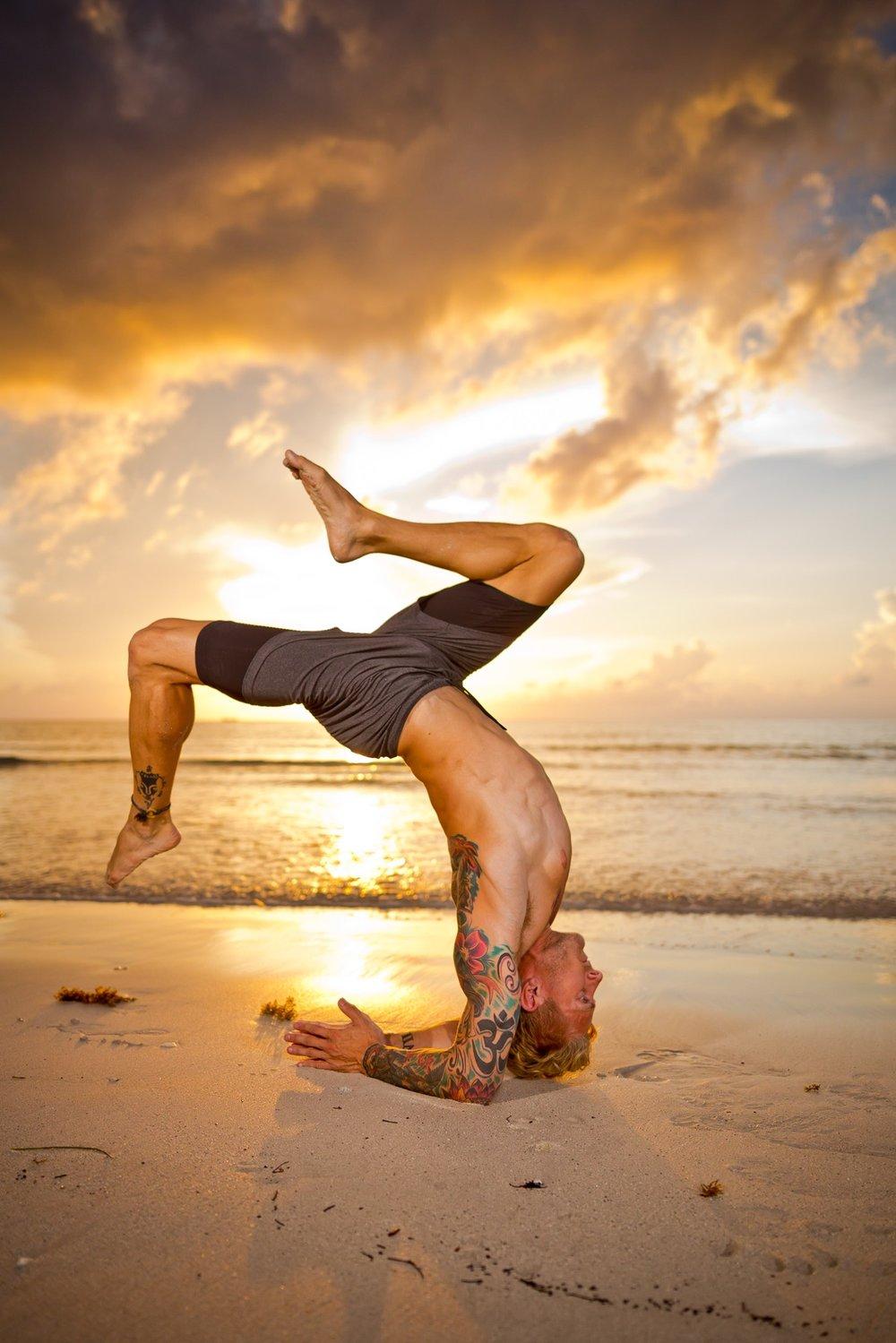 7762 OmStars Yoga - Jacob 16Jul18 EYECBEAUTY.jpeg