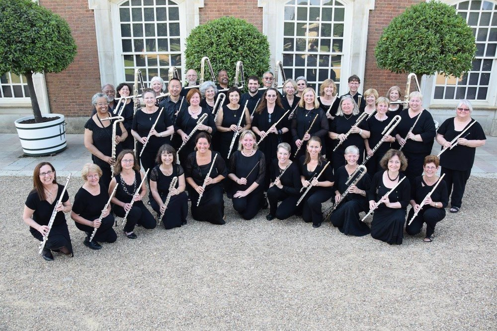 Metropolitan Flute Orchestra at Hampton Court Palace in London