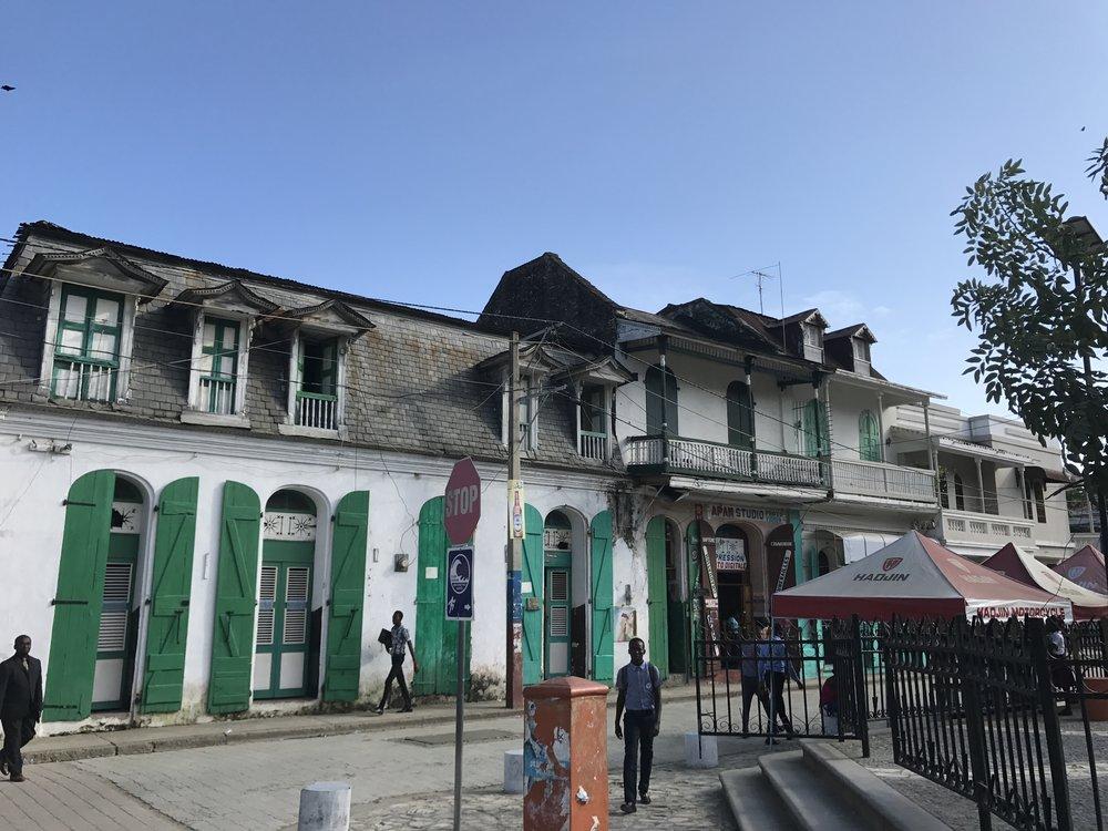 Cap-Haïtien street scene.