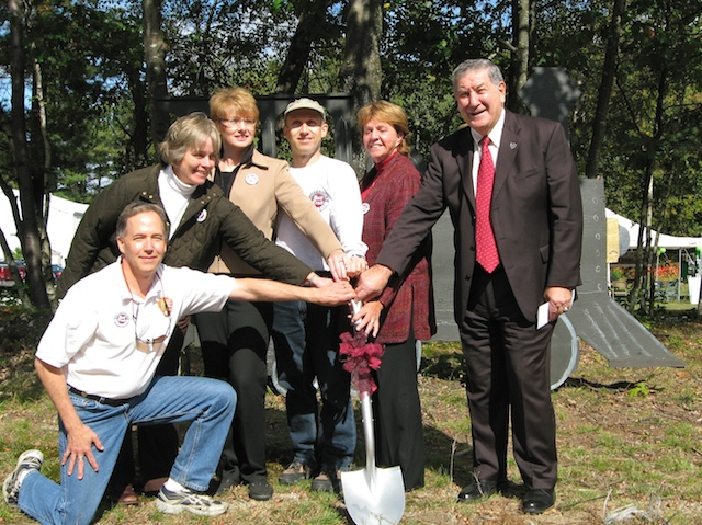 FGRT_Goffstown_Rail_Trail_Groundbreaking_2008_10_04.jpg