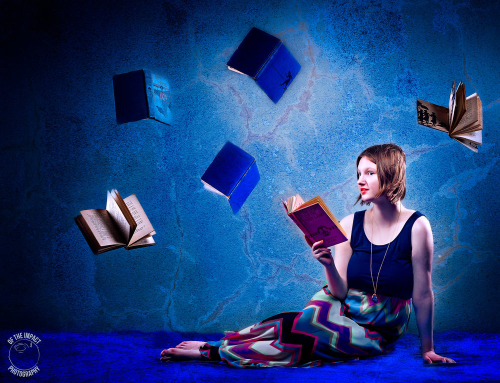 Kat with books (1 of 1).jpg