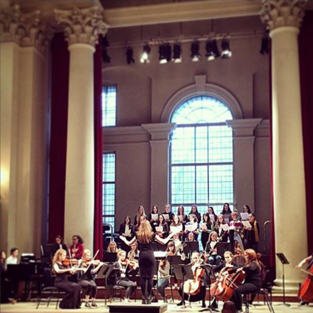 Grace-Evangeline Mason conducts GDST commission St John Smith Square 2016