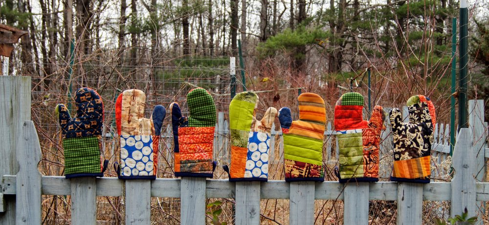 Audrey Workman's quilted oven mitts. Pattern/process by Maria Shell.