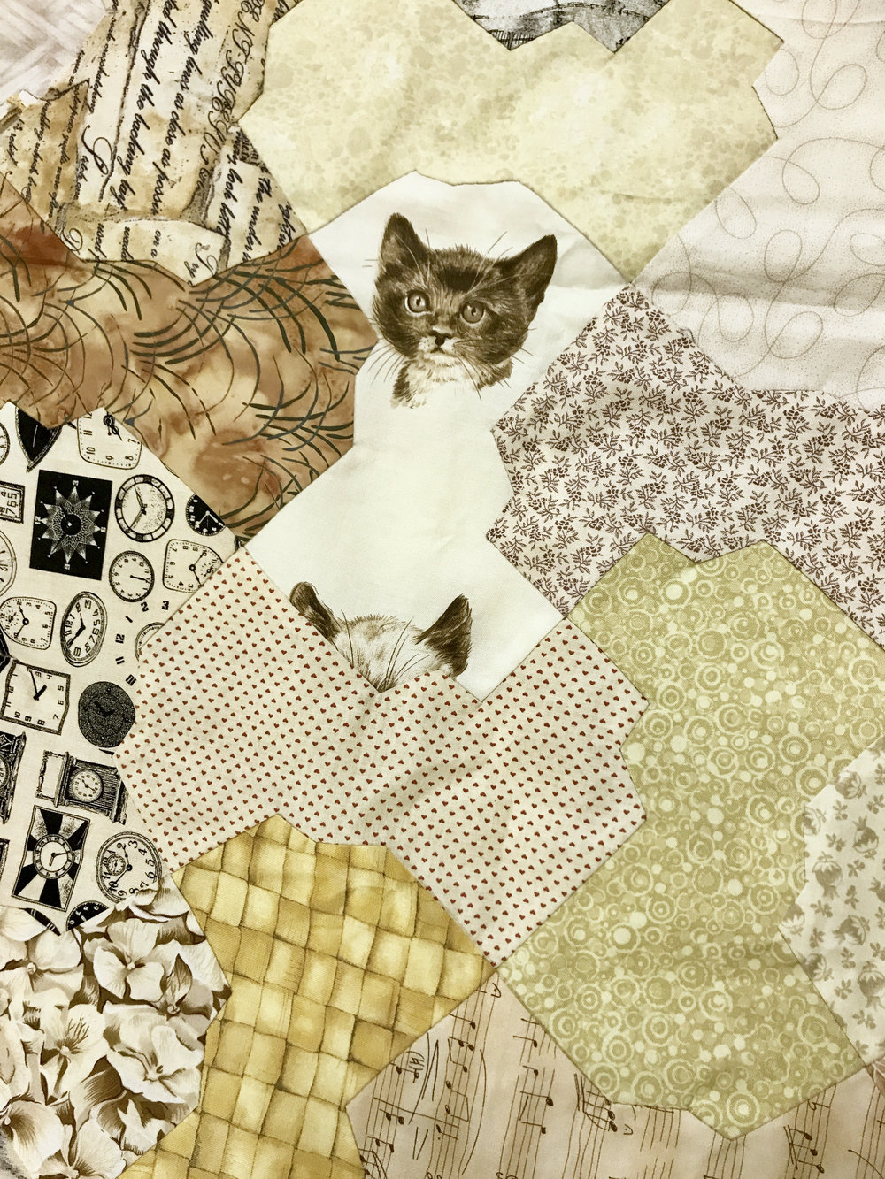 Tessellating quilt top by Martha Steele