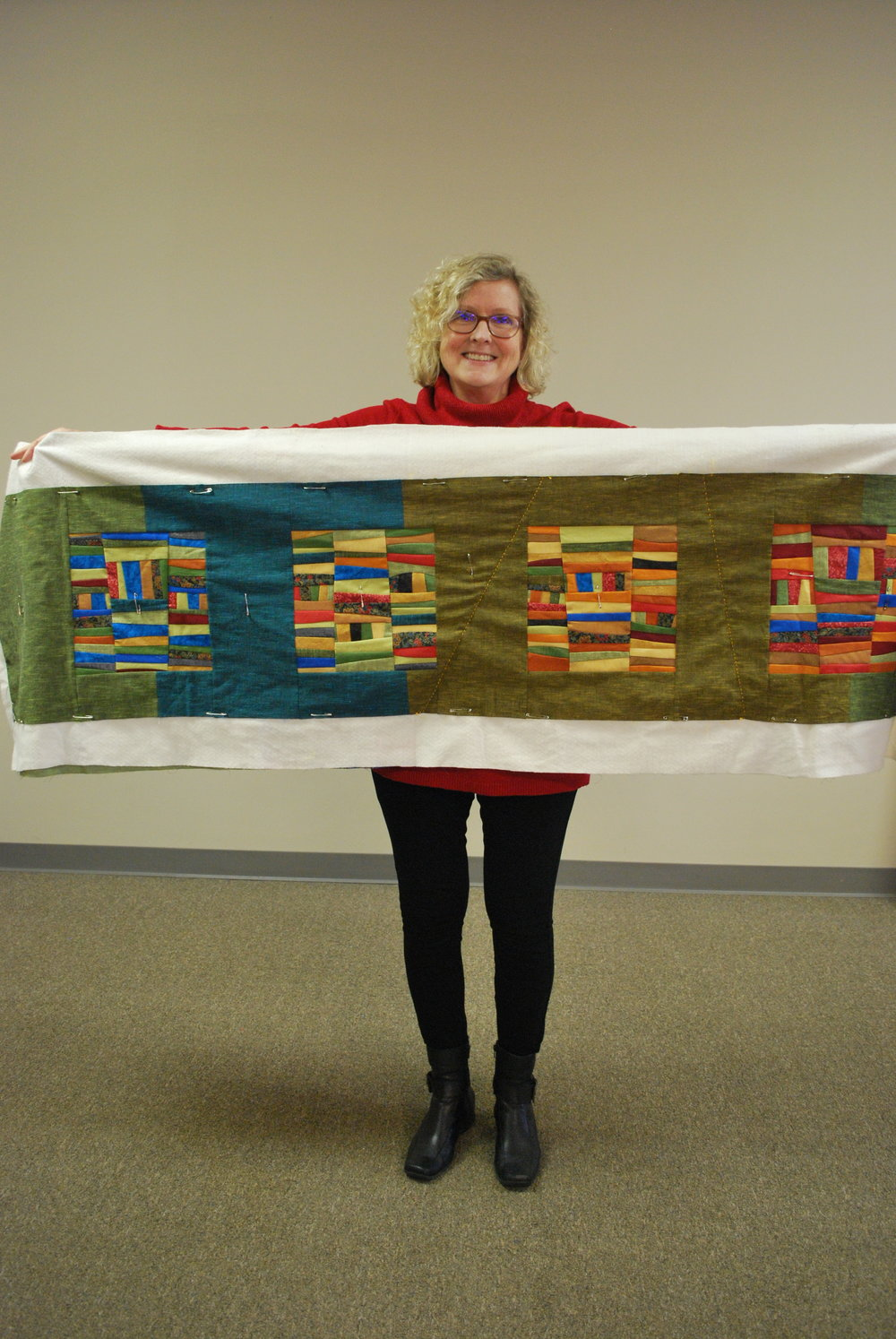 Leslie's Improv Table Runner Quilt