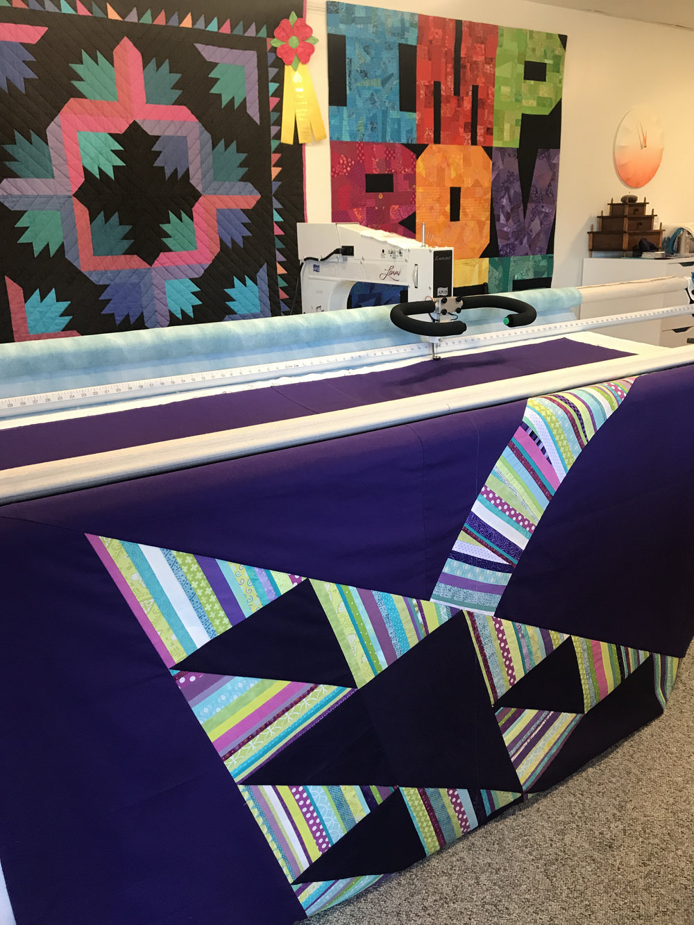 Kelly quilted the top using her longarm machine.