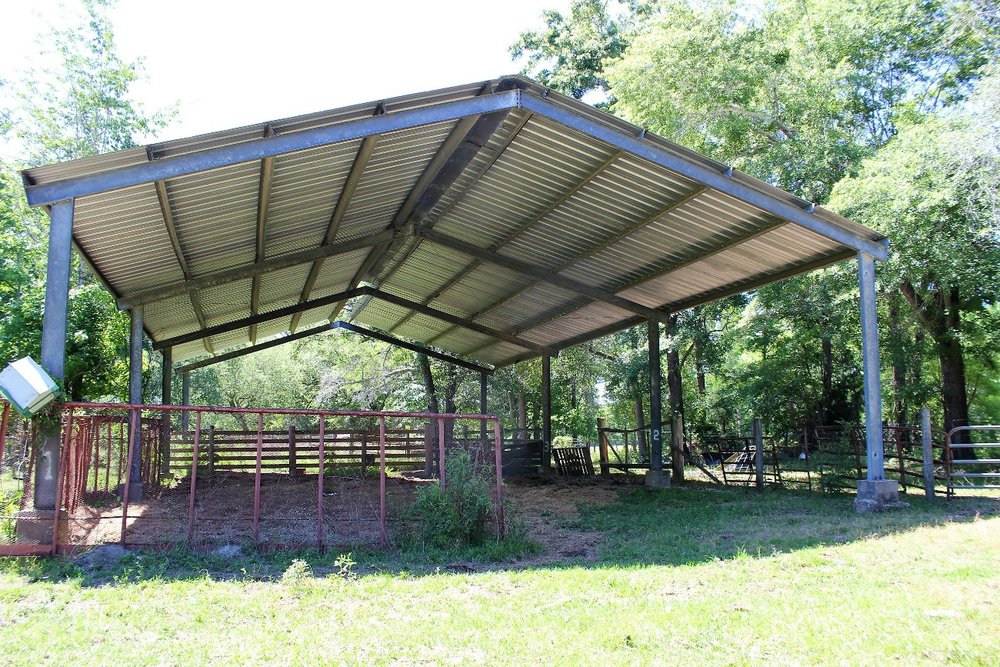 Cattle Shed2.jpg