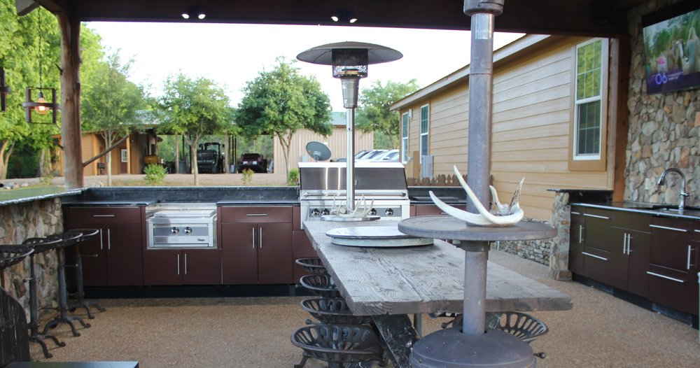 BP Outdoor Kitchen & Porches (10a).jpg