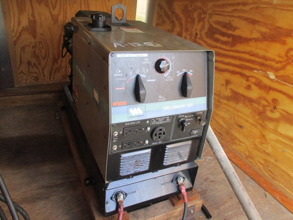 1_Weldmark 225 Welder Generator.JPG