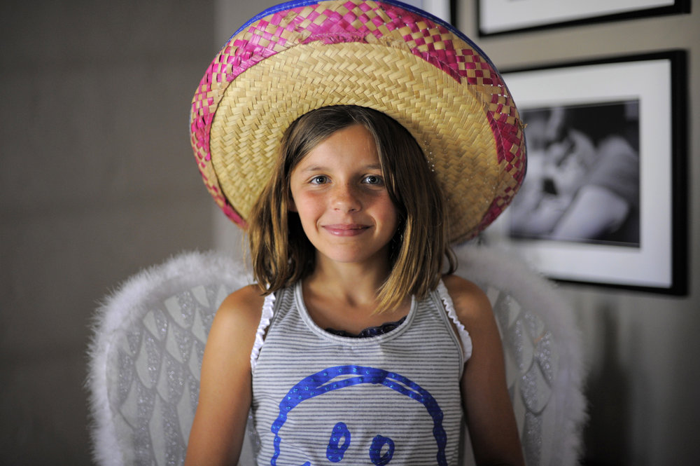 girl with smile and sombrero