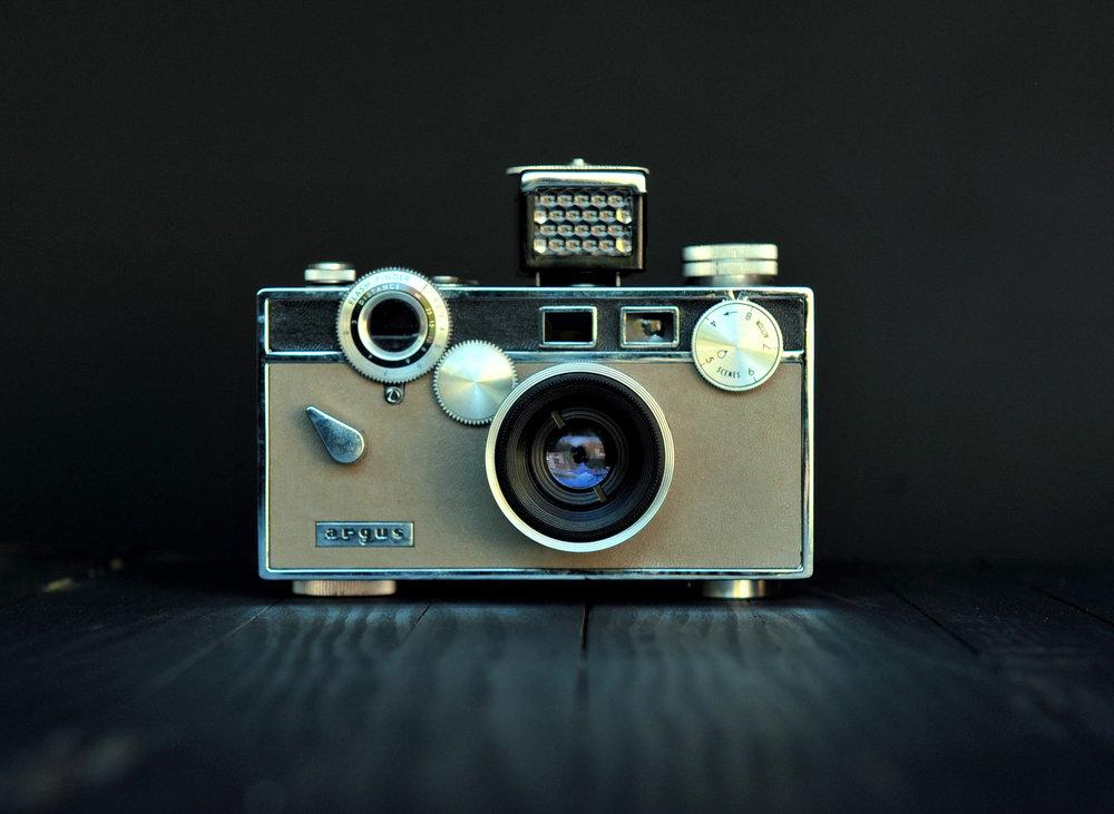 argus_brick_vintage_camera_pasadena.darren_johnson.jpg