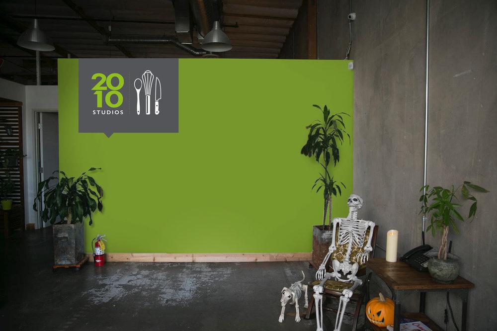 2010.entry.wall.jpg