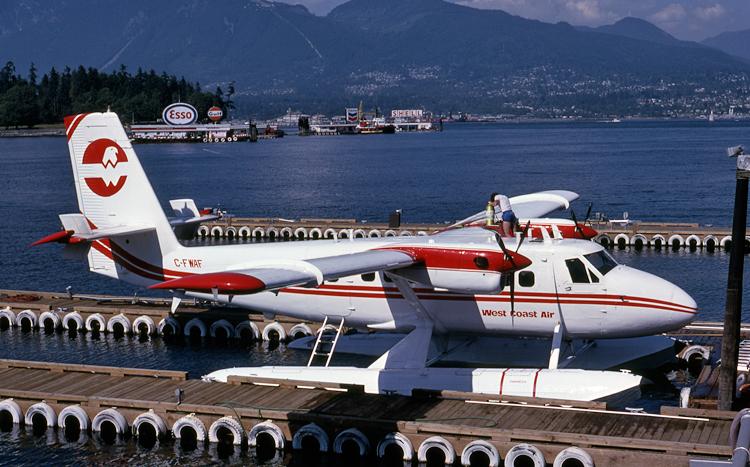 C-FWAF-750.jpg
